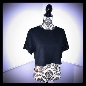 ZARA TRAFALUC Black LaceShortSleeve Crop TopTee!